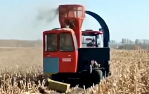視頻工作:四平隆發機械9YF-2.2秸稈飼料方捆打捆機