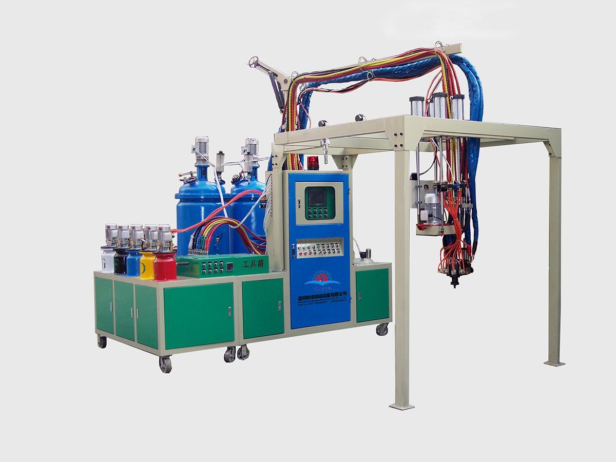 聚氨酯發泡機的特點以及應用領域